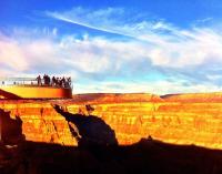 拉斯维加斯出发大峡谷、黄石公园、羚羊谷、特色西峡小木屋7日游:LV7-216