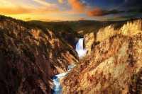 旧金山出发大峡谷、黄石公园、羚羊谷8日游:SF8-7926